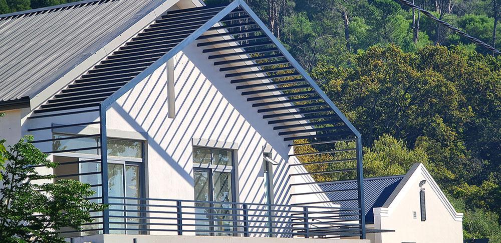 Custom Aluminium installations pergolas in Paarl
