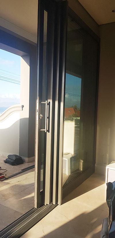 Custom Aluminium installations windows & doors in Greenpoint
